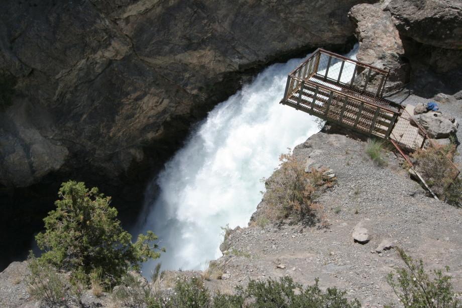 Сказочный Искандеркуль: самое знаменитое озеро в Таджикистане