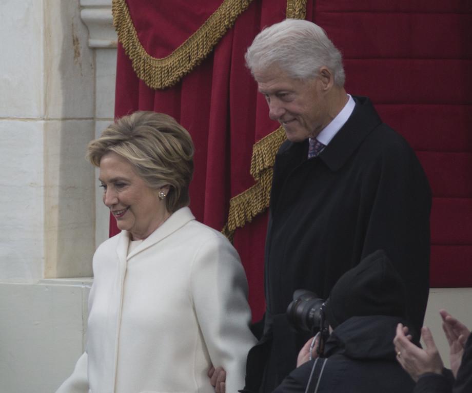 От Колумба до Клинтона: знаменитые мужчины, которые обязаны успехом своим женам