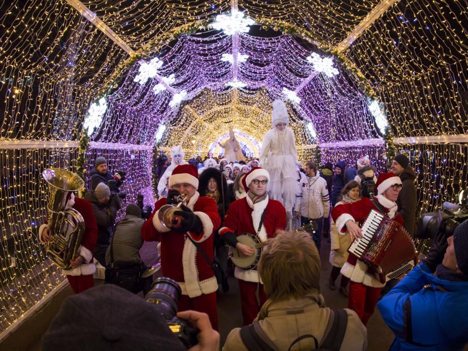 Как празднуют Новый Год в России