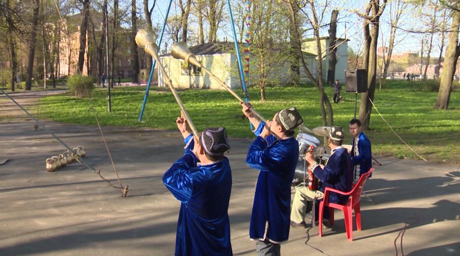 Не просто искусство: как династия канатоходцев Камиловых покоряла Петербург