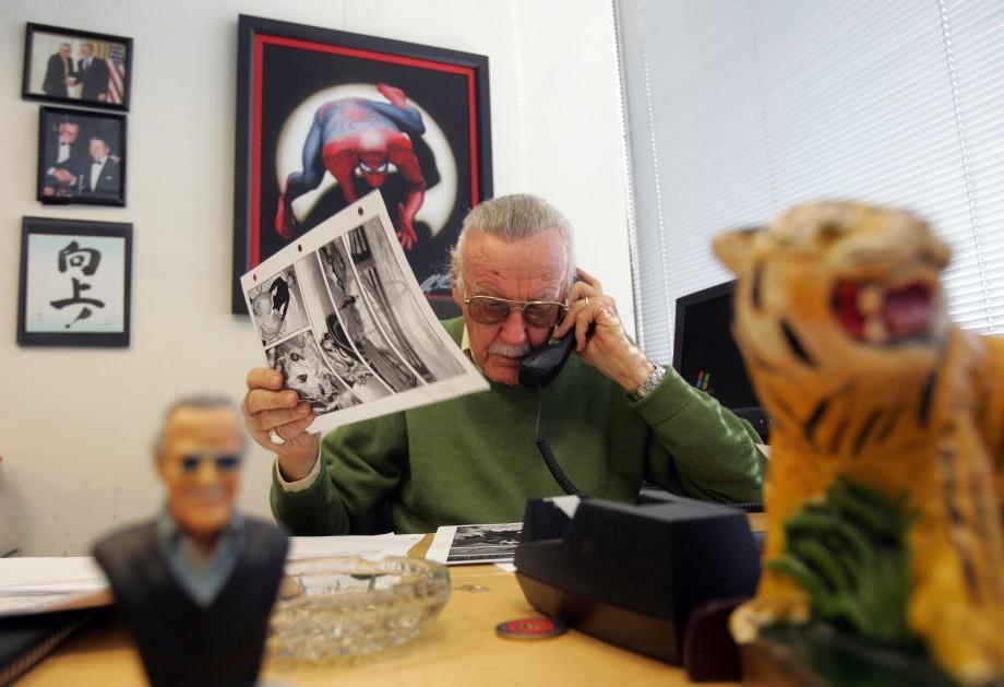Дорогой дядя Стэн: не стало патриарха индустрии комиксов