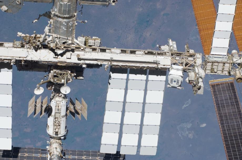 Самый дорогой научный проект в истории: МКС исполнилось 20 лет