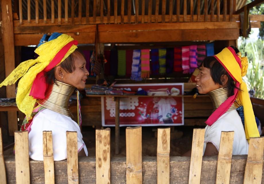 Пять жутких традиций, калечащих женщин