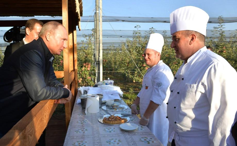 Садоводы Ставрополья показали Путину будущее АПК