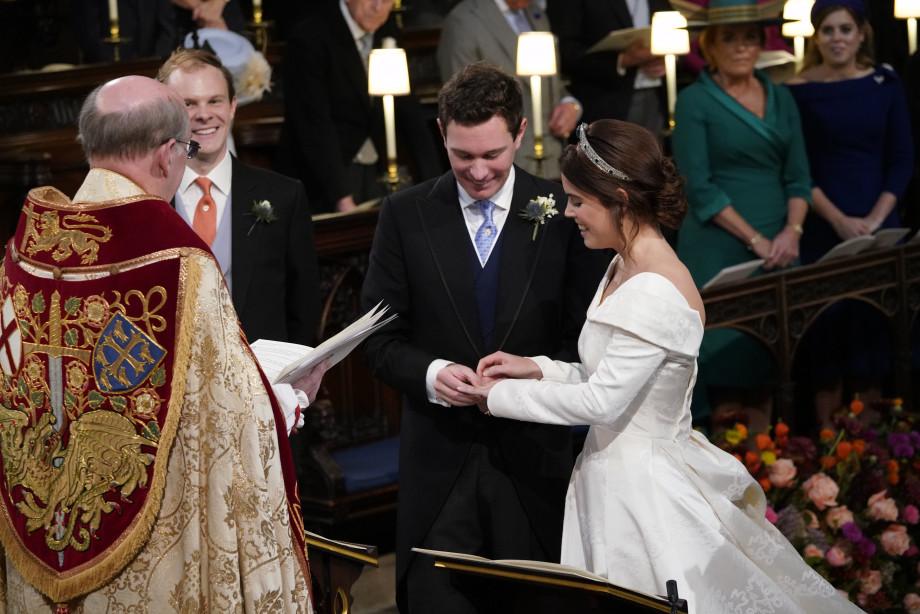 Внучка королевы Елизаветы II Евгения вышла замуж в Виндзорском замке
