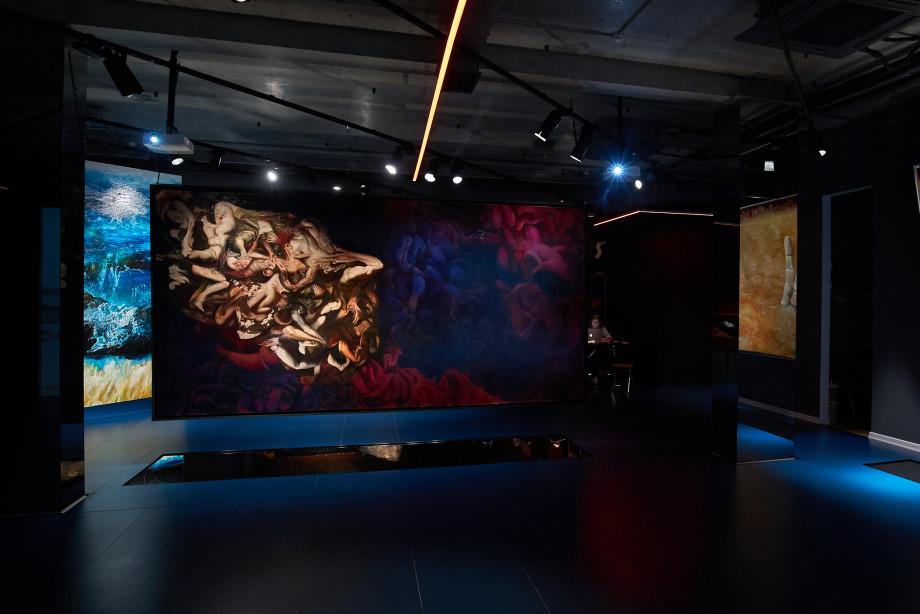 В арт-галерее VS unio прошел эксклюзивный показ картин из цикла «Гибель городов»