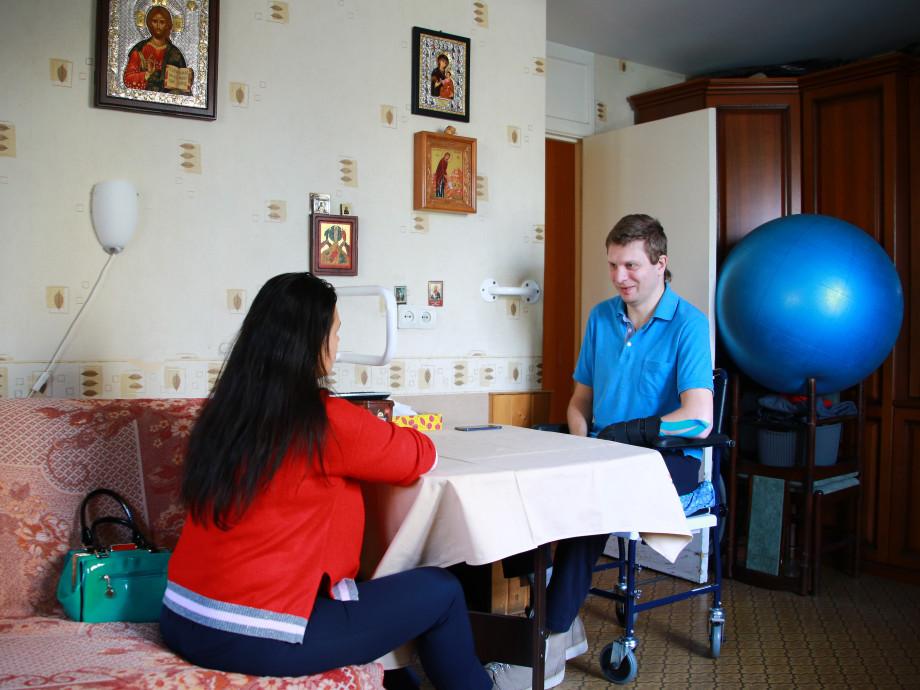 Бежать от смерти: парализованный москвич рассказал, как 16 лет боролся за жизнь