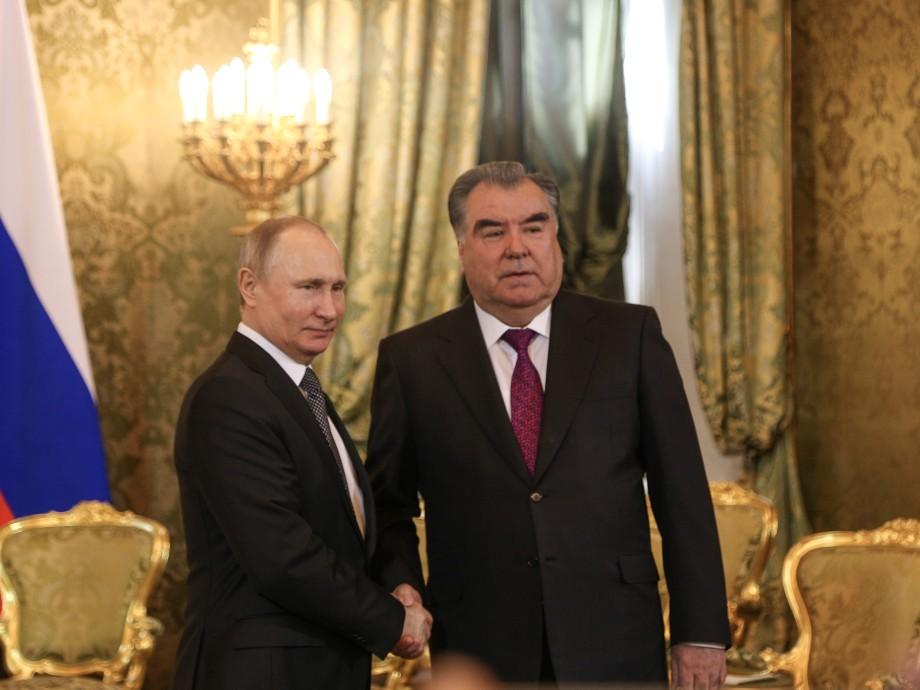 Трудовые мигранты, русский язык, сельхозпродукты: о чем договорились Путин и Рахмон