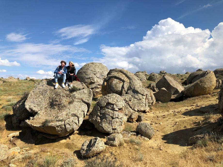 Каньоны, потомки ариев и озеро Каинды: «С миру по нитке» в Центральной Азии
