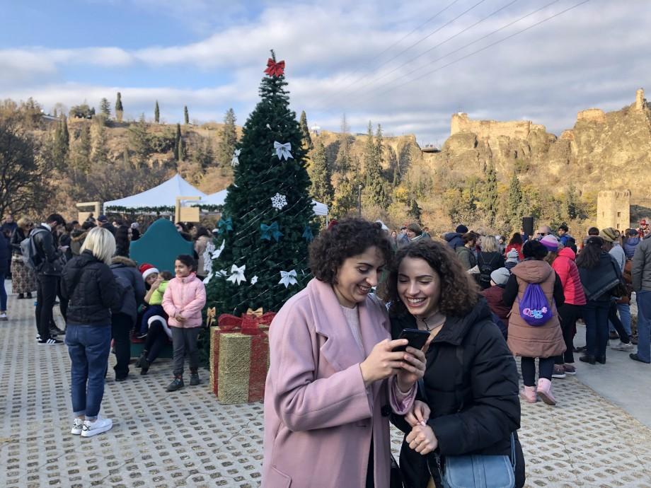 Рай для сладкоежек: в Тбилисском ботаническом саду устроили праздник шоколада