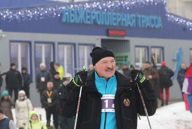 «Великое дело»: Лукашенко рассказал, почему кататься на лыжах полезно, особенно для женщин