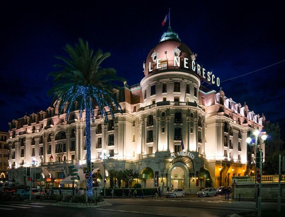 Ушла эпоха: владелец всемирно известного отеля «Негреско» умерла в 95 лет