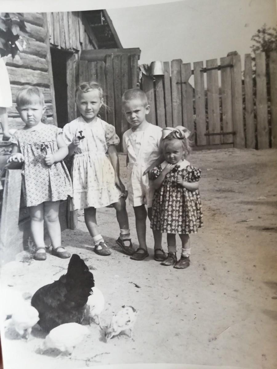 «До седьмого класса я ходила в пинетках»: история одной из самых маленьких женщин Беларуси