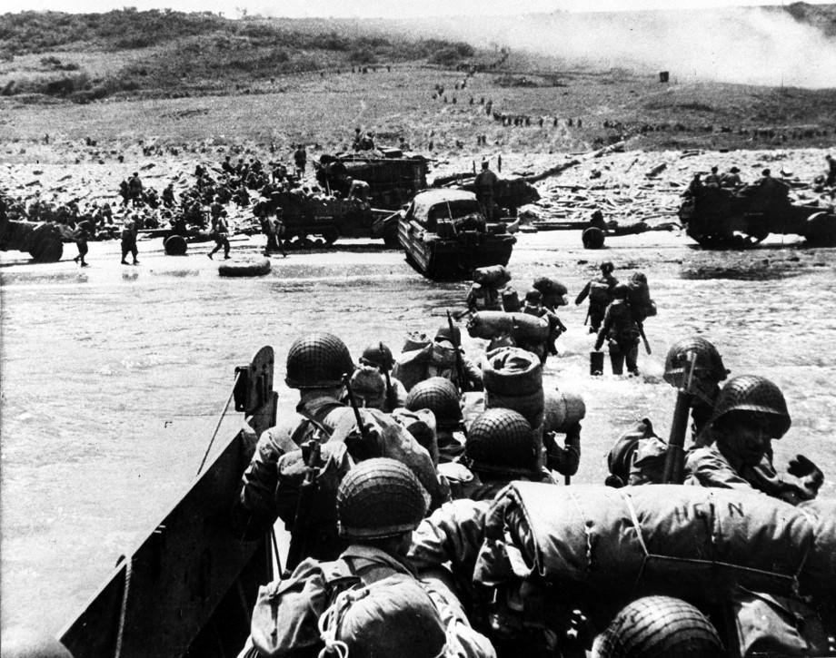 «Мясной фарш», недоверчивый Черчилль и погодное «чудо»: как происходила высадка союзников в Нормандии