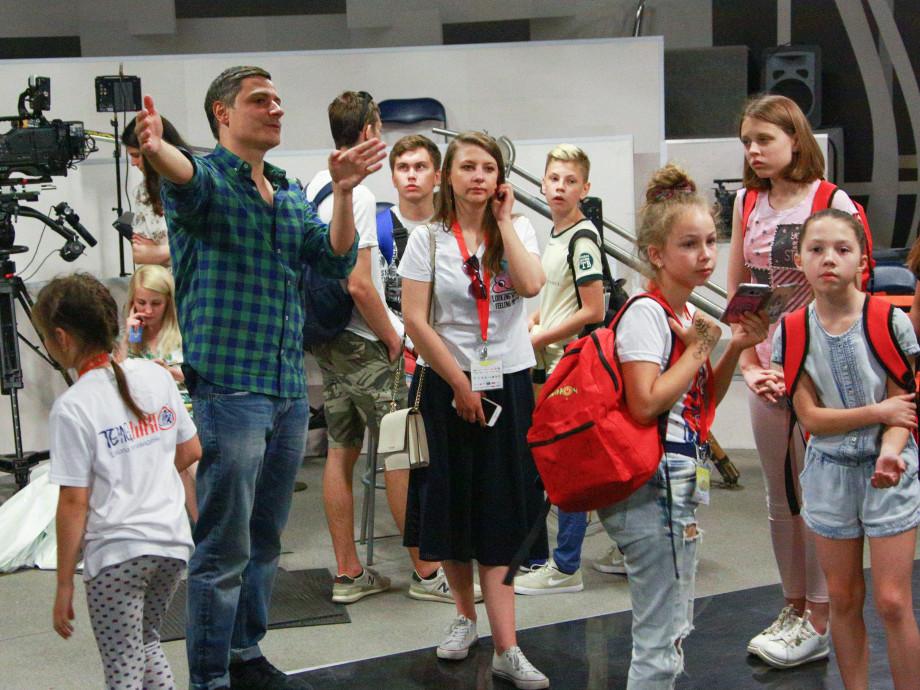 Участники фестиваля детского телевидения побывали в гостях у телерадиокомпании «Мир»