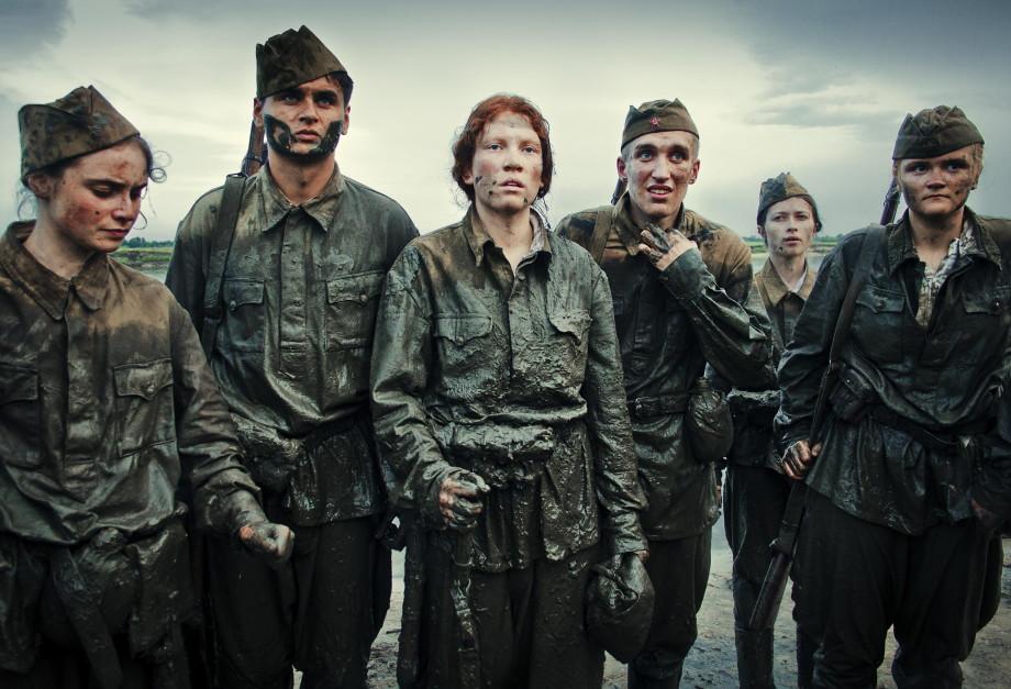 «Не нужно превращать войну в игру «Зарница»: киноведы о старом и новом кино о войне