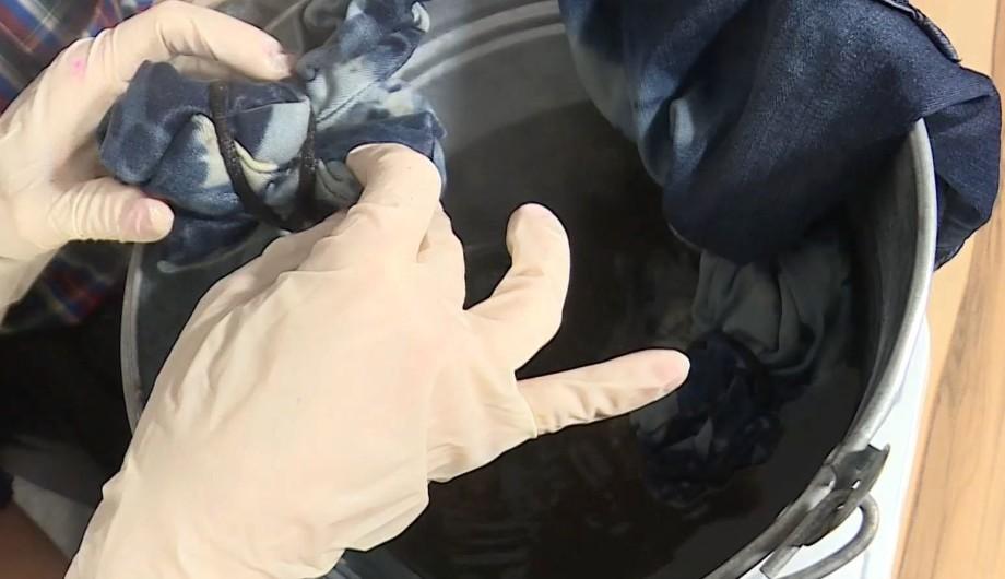 Как из старых джинсов сделать уникальное произведение искусства