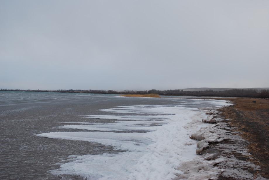 Пять причин побывать на Иссык-Куле зимой