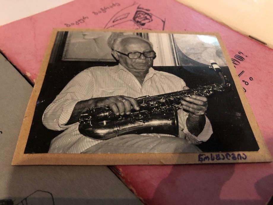 «Память сердца»: фронтовой музыкант из Грузии хранит гобой и кларнет