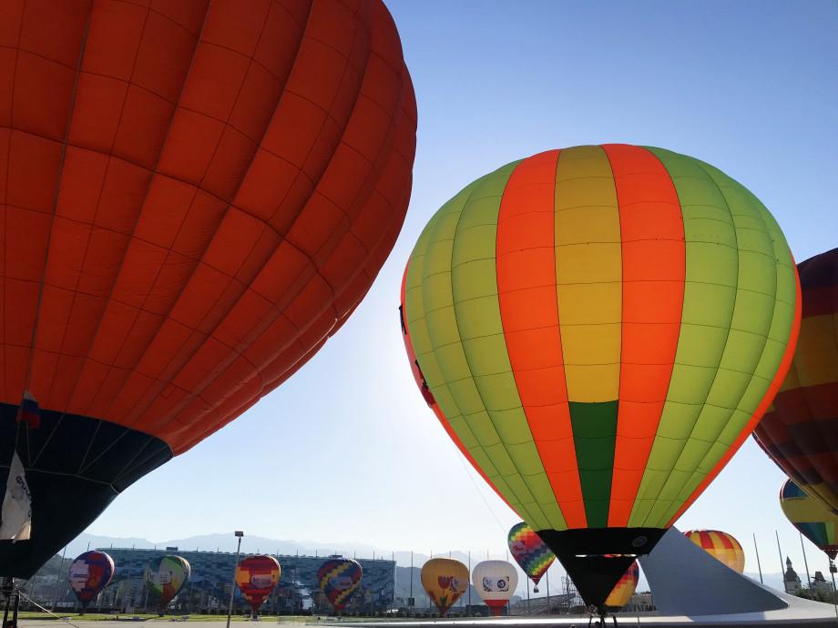 В Сочи 20 аэростатов поднялись в небо в честь перехода на «цифру»