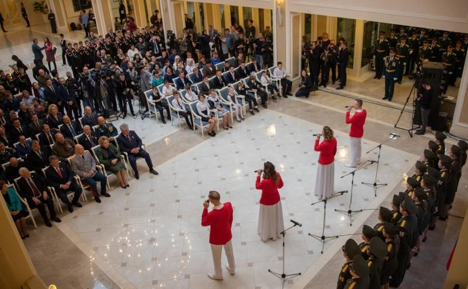 В Совфеде вручили награды юным героям со всей России