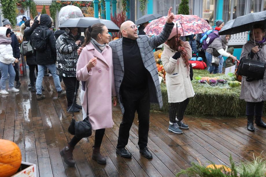 Звездные хиты, танцы и викторины: «МИР» на свой день рождения раздал море подарков