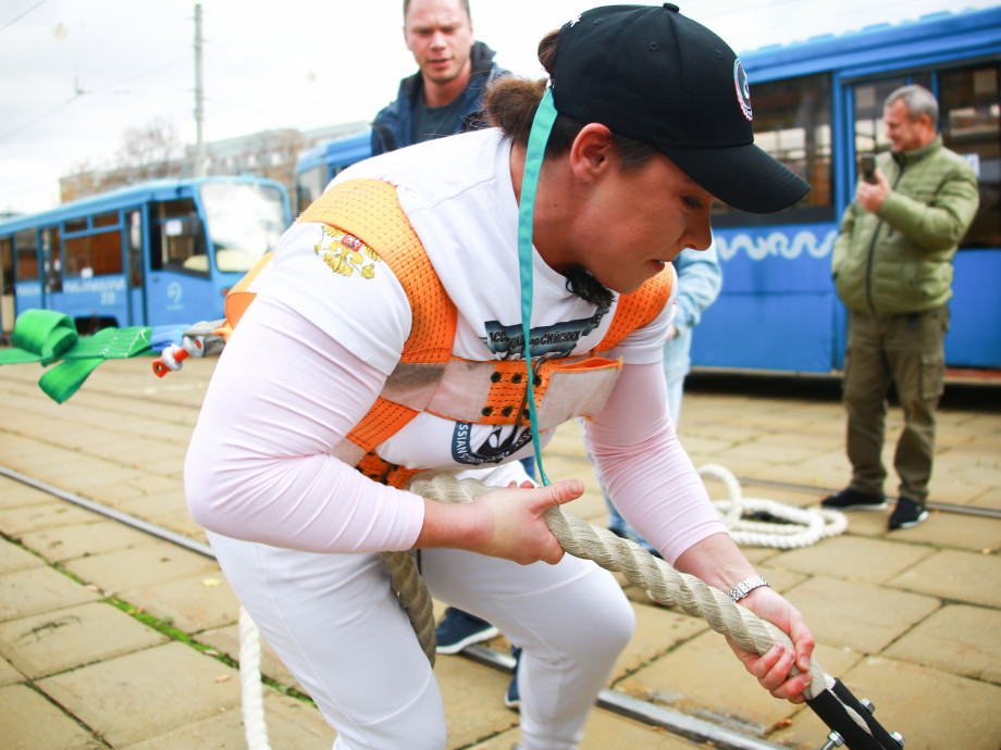 Эксклюзив для телеканала «МИР»: Оксана Кошелева против 22 тонн
