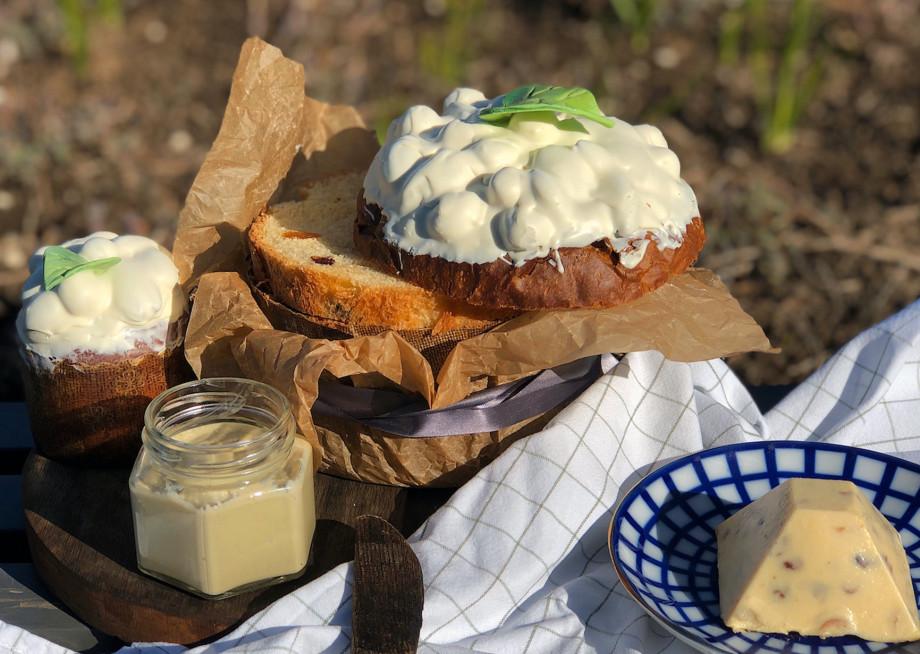 С цукатами, сухофруктами и ромом: рецепты куличей и творожной пасхи