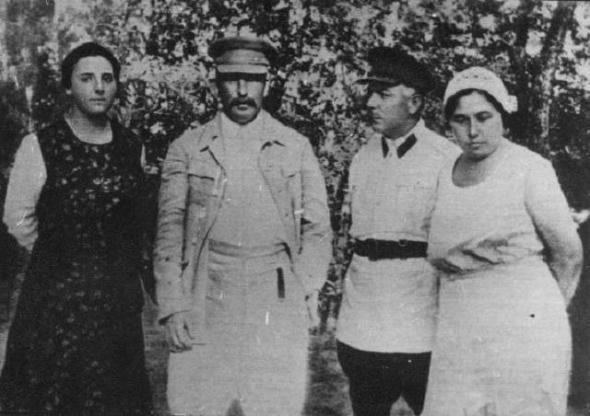 Маршалы Победы: Климент Ворошилов – человек, который был со Сталиным на «ты»