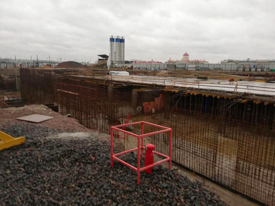 Архитекторы посетили площадку будущего парка «Тучков буян» в Петербурге