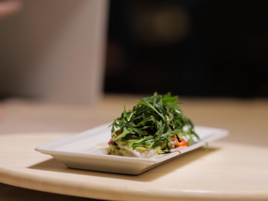 Чеснок и сырая рыба – свиданию не помеха. «Как в ресторане» учит готовить необычный романтический ужин