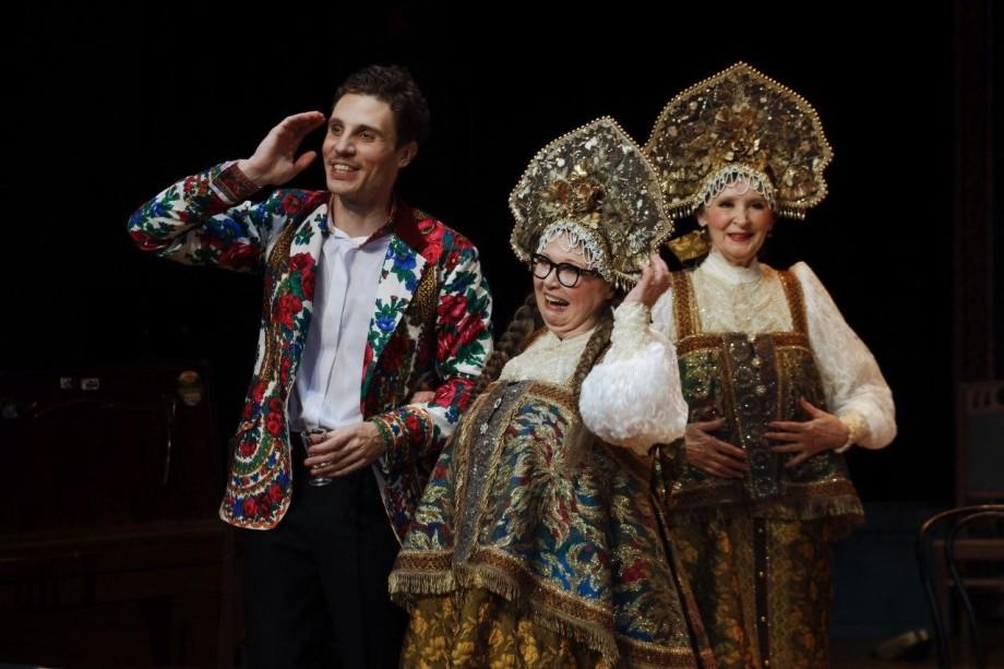 «Баба Шанель» Николая Коляды прописалась в театре Вахтангова