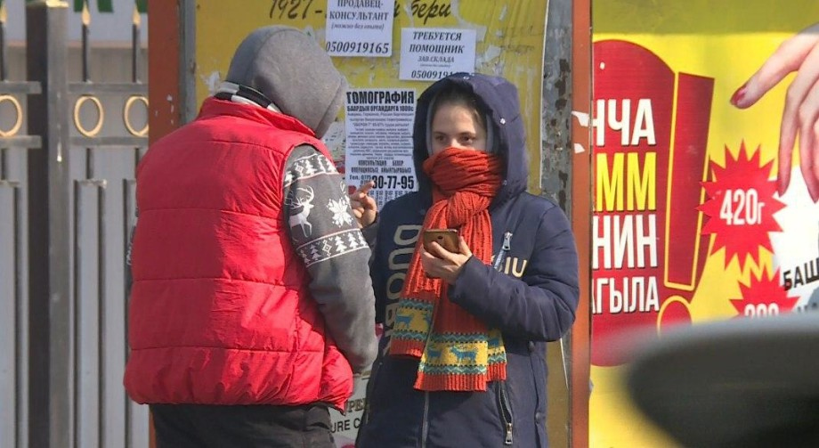 «Новая форма»: школьников Кыргызстана обязали носить медицинские маски