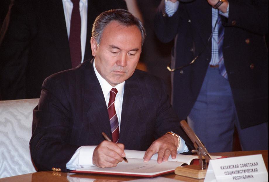 «Светлый правитель» Казахстана: Нурсултан Назарбаев отмечает 80-летие