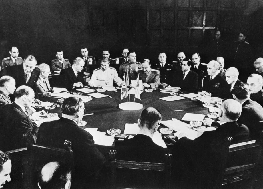 Потсдамской конференции – 75: ядерные испытания под передел мира