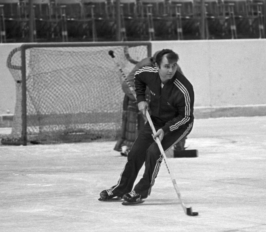 Конструктор «Красной машины»: 90 лет назад родился легендарный хоккейный тренер Виктор Тихонов