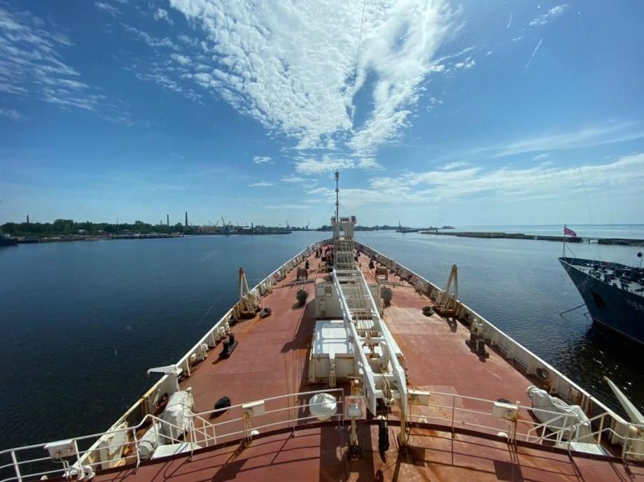 Судно «Адмирал Владимирский» вернулось из кругосветки в Кронштадт