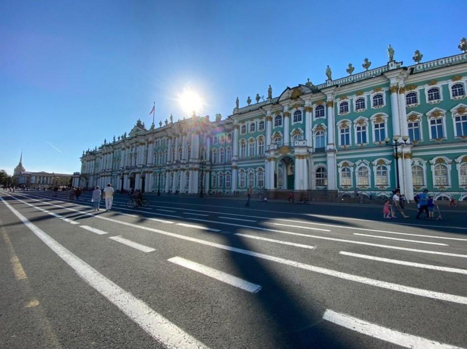 В Петербурге с 15 июня можно вновь посещать парикмахерские, бани и библиотеки