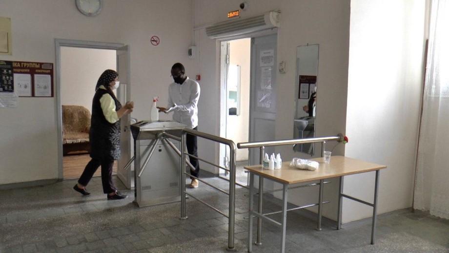 Из-за коронавируса в Нальчике остались 1300 иностранных студентов