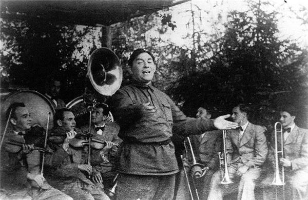 Поющий сердцем: 125 лет назад родился Леонид Утесов