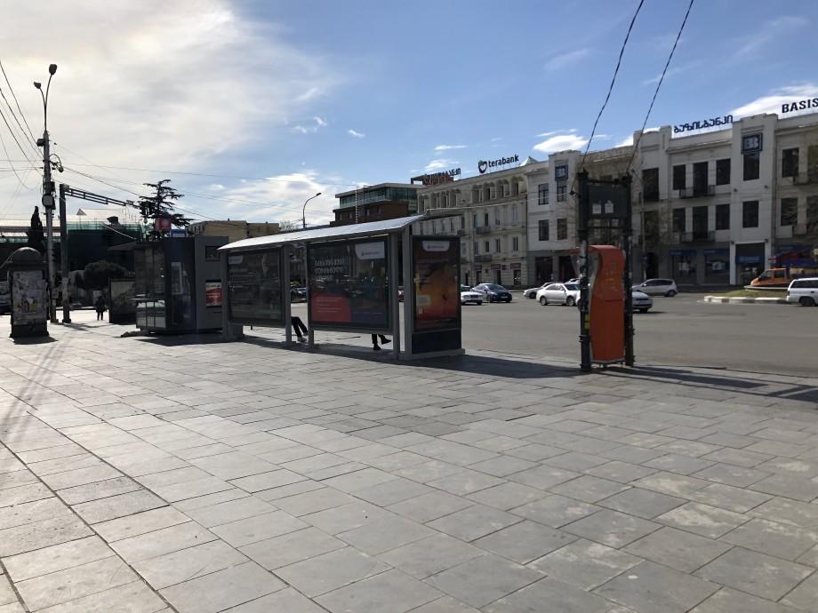 В Грузии начал действовать строгий карантин