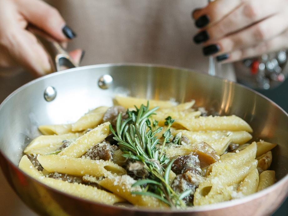С креветками, грибами, соусом и сыром: аппетитные пасты ко Дню макарон. РЕЦЕПТЫ