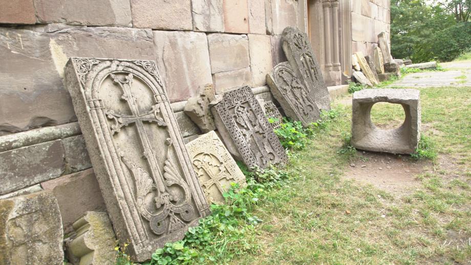 Иджеван – город 100 скульптур