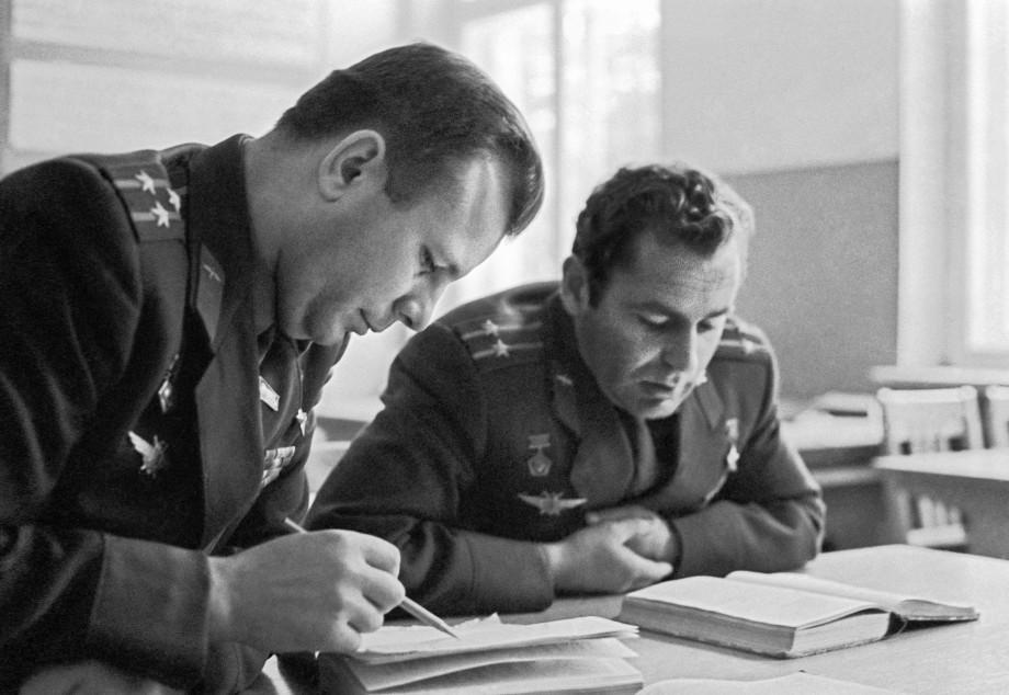 Космонавт номер два: что мы знаем о легендарном Германе Титове?