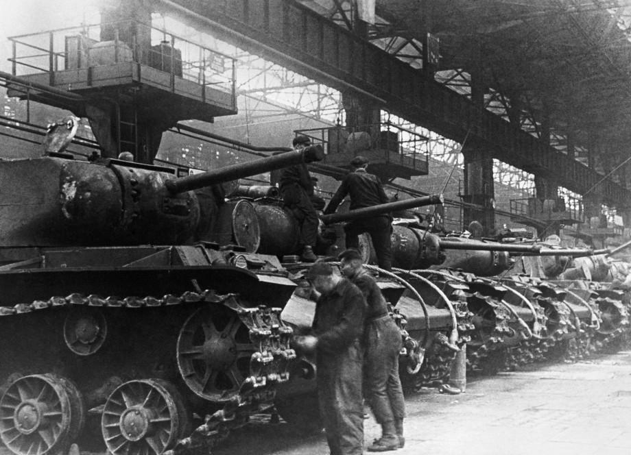 Города трудовой доблести: как Челябинск стал Танкоградом