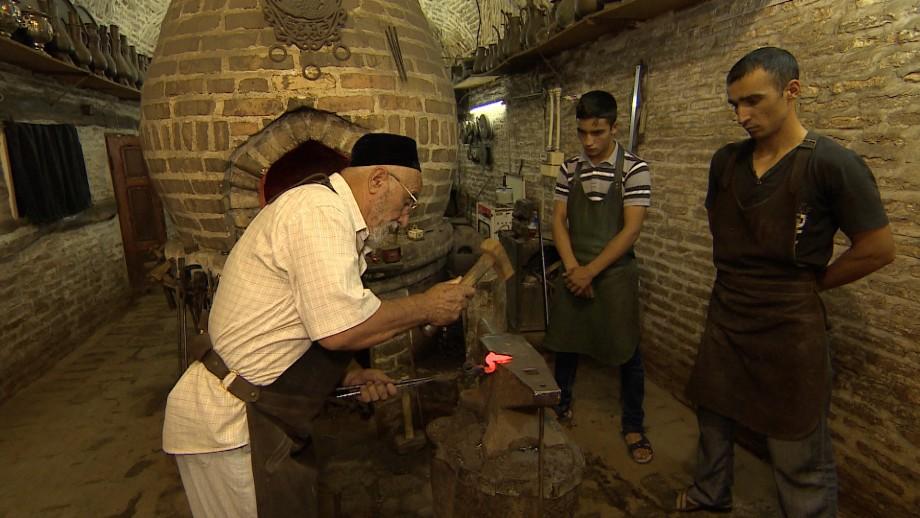 Мужские профессии Бухары: ремесла, которые прославили древний город Шелкового пути