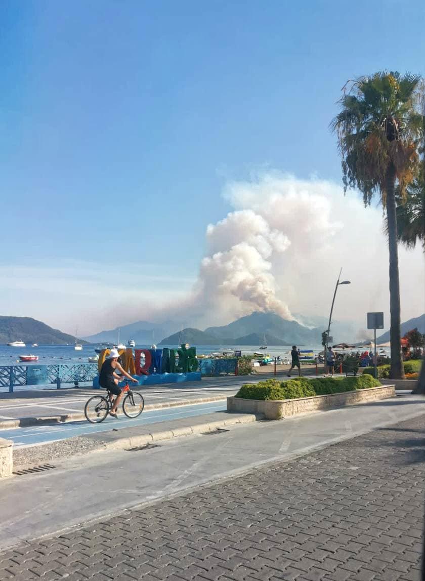 «Среди россиян пострадавших нет»: Генконсульство в Анталье – о пожарах на юге Турции