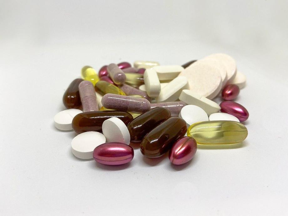 О каких проблемах со здоровьем сигнализирует головная боль и всегда ли нужно ее лечить?