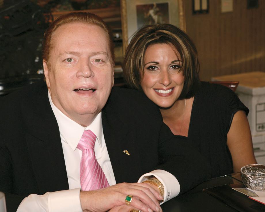 «Король зрелищного секса»: как Ларри Флинт построил свою порноимперию и уделал Playboy