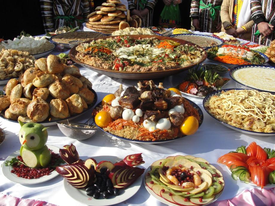 Как в Таджикистане отмечают праздник Сада